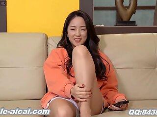 Korean wife sole tonguing